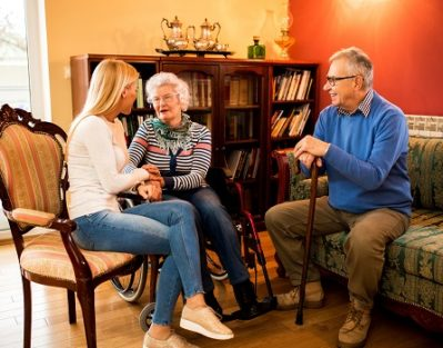 Ways Parents with Alzheimer's Benefit from Visits in Oakville, ON