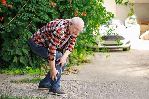 Reasons Seniors Experience Foot Pain in Oakville, ON